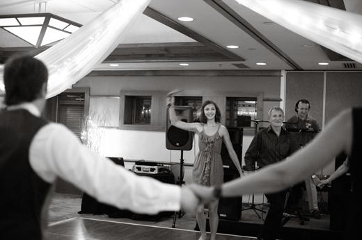 Lake Elmo Inn, Ukranian dancing