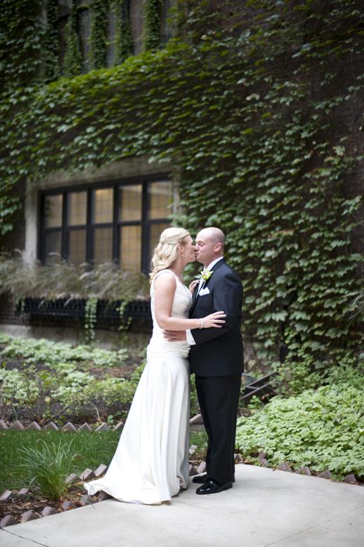 Minneapolis Club Wedding Photos 15