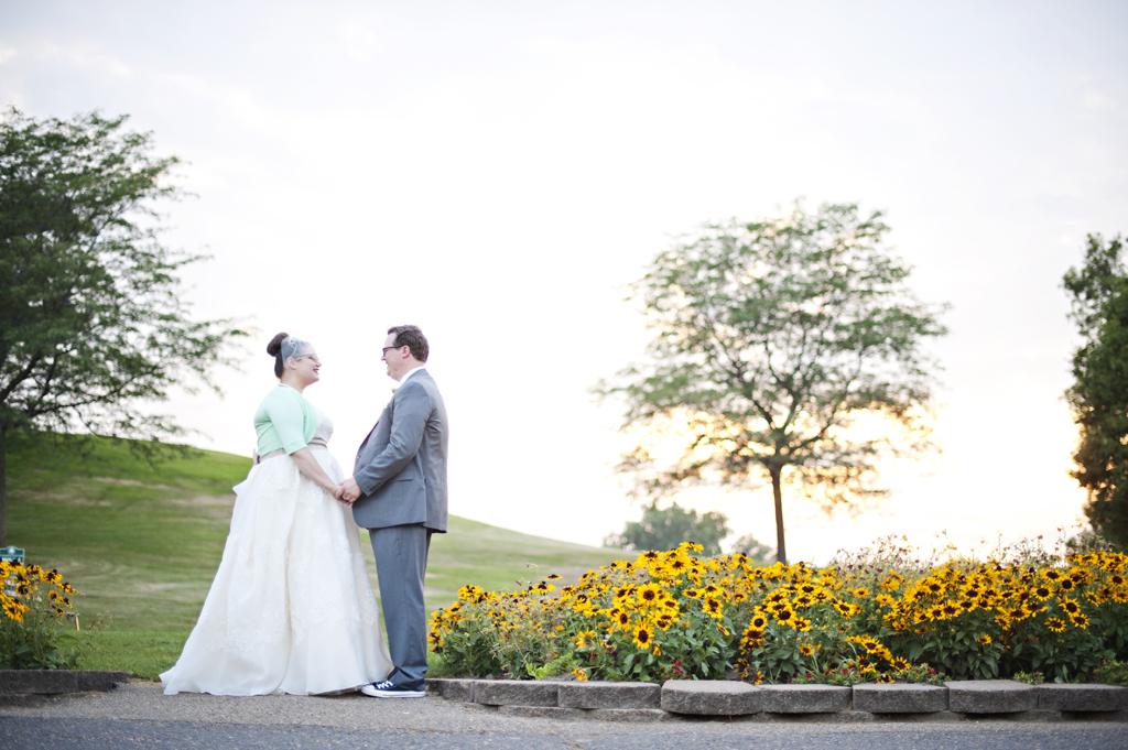 Columbia Manor Golf Course Wedding Photos 75