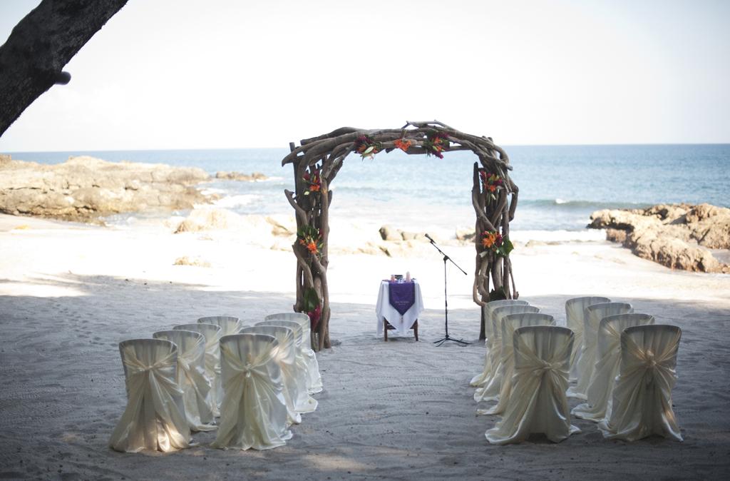 Ylang Ylang Costa Rica Wedding Photos 43