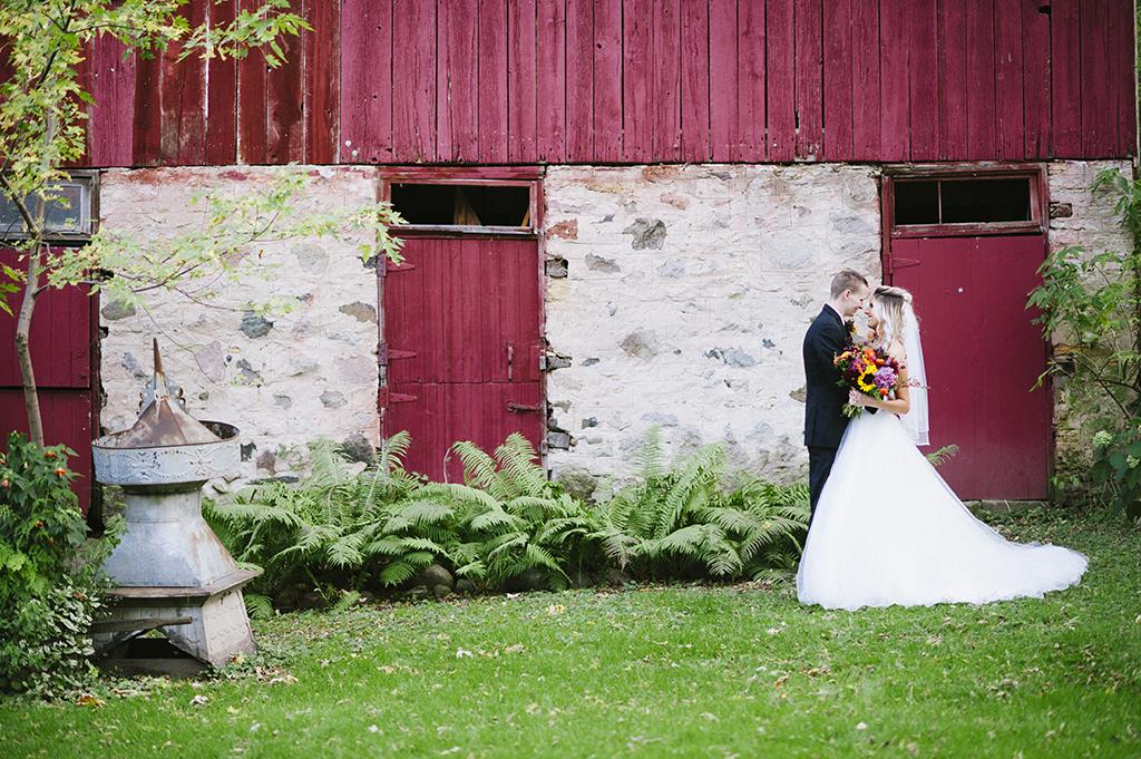 camrose-hill-wedding-photos-46